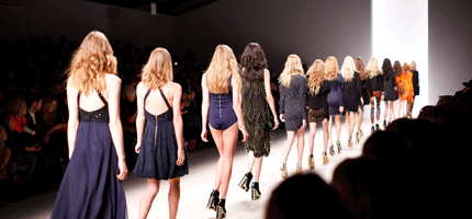 défilé de mode - travailler dans la mode comment faire - esgci